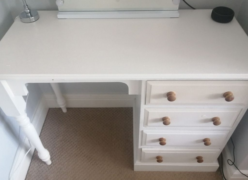 Old desk becomes stunning upcycled dressing table